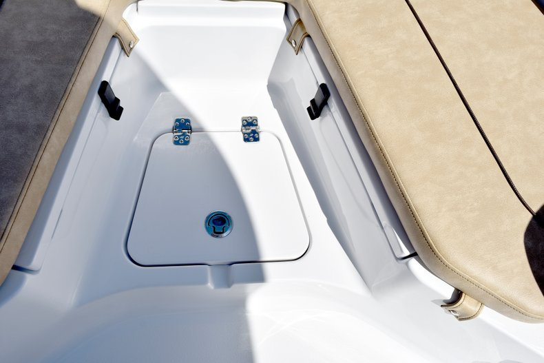 Image 72 for 2019 Sportsman Heritage 211 Center Console in West Palm Beach, FL