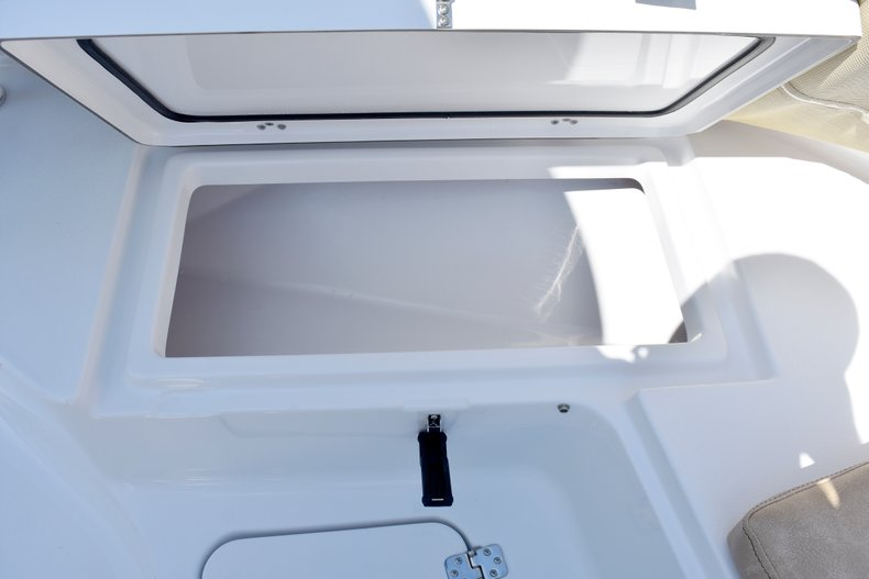 Thumbnail 73 for New 2019 Sportsman Heritage 211 Center Console boat for sale in West Palm Beach, FL