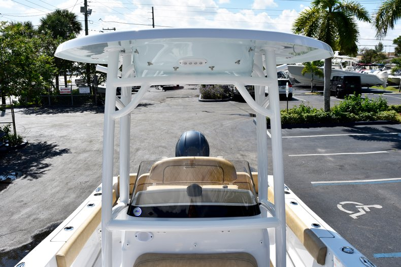 Thumbnail 79 for New 2019 Sportsman Heritage 211 Center Console boat for sale in West Palm Beach, FL