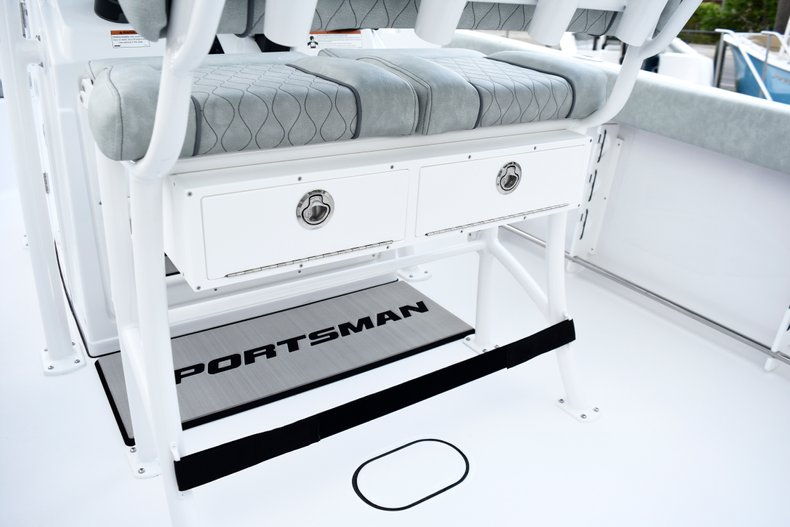 Thumbnail 34 for New 2019 Sportsman Open 232 Center Console boat for sale in West Palm Beach, FL