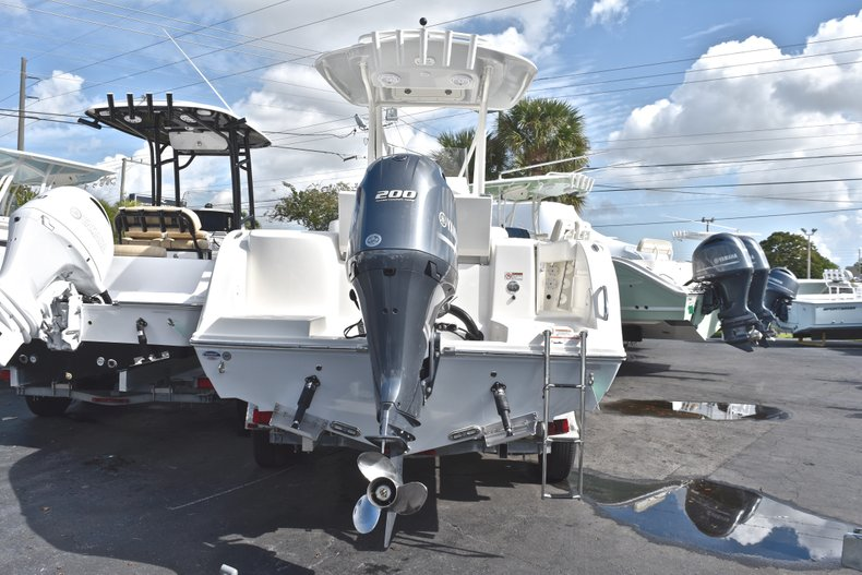 Thumbnail 1 for New 2019 Cobia 220 Center Console boat for sale in West Palm Beach, FL