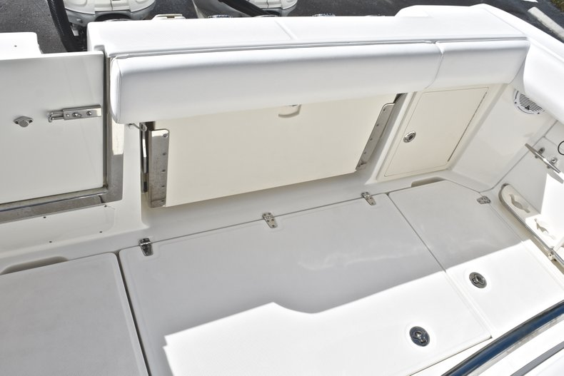 Thumbnail 13 for Used 2016 Boston Whaler 280 Outrage boat for sale in West Palm Beach, FL