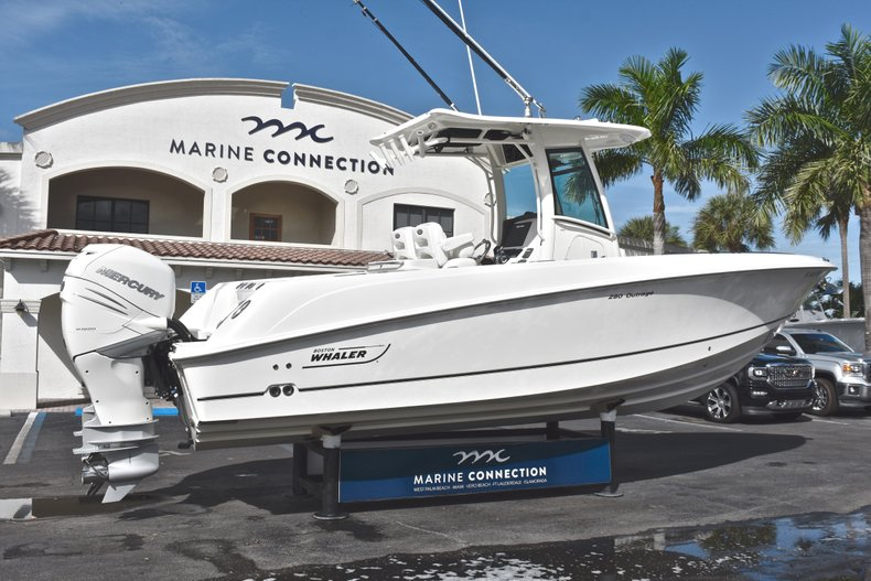Thumbnail 7 for Used 2016 Boston Whaler 280 Outrage boat for sale in West Palm Beach, FL