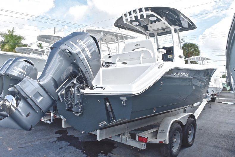 New 2019 Cobia 240 CC Center Console boat for sale in Miami, FL