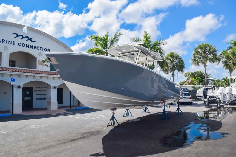 Thumbnail 6 for New 2019 Cobia 344 Center Console boat for sale in West Palm Beach, FL