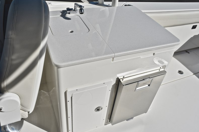 Thumbnail 30 for New 2019 Cobia 280 DC Dual Console boat for sale in West Palm Beach, FL