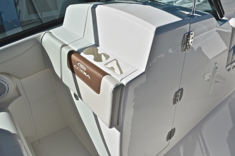 Thumbnail 58 for New 2019 Cobia 280 DC Dual Console boat for sale in West Palm Beach, FL