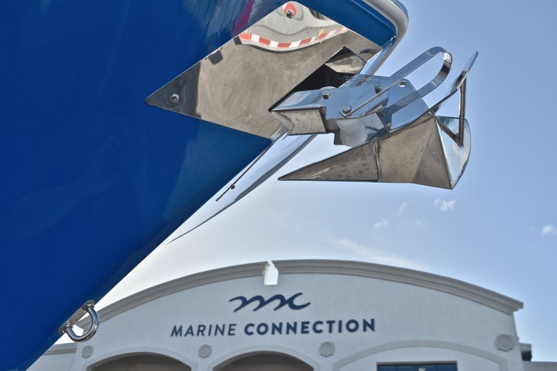 Thumbnail 3 for New 2019 Cobia 280 DC Dual Console boat for sale in West Palm Beach, FL
