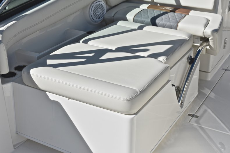 Thumbnail 26 for New 2019 Cobia 280 DC Dual Console boat for sale in West Palm Beach, FL