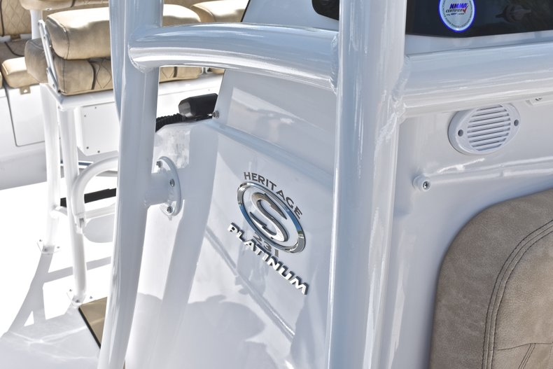 Thumbnail 19 for New 2019 Sportsman Heritage 231 Center Console boat for sale in Fort Lauderdale, FL