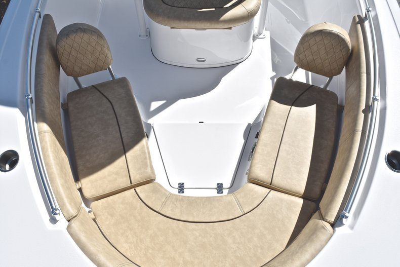 Thumbnail 21 for New 2019 Sportsman Heritage 231 Center Console boat for sale in Fort Lauderdale, FL