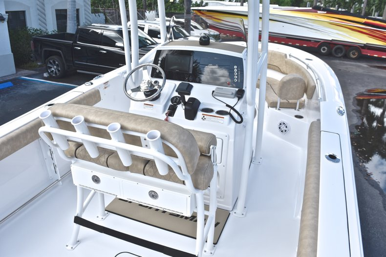 Thumbnail 10 for New 2019 Sportsman Heritage 231 Center Console boat for sale in Fort Lauderdale, FL