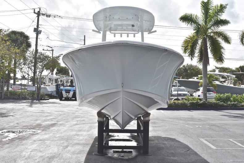 Thumbnail 2 for New 2019 Sportsman Heritage 231 Center Console boat for sale in Fort Lauderdale, FL