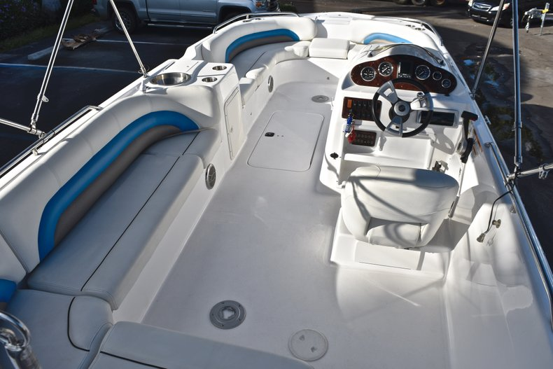 Thumbnail 13 for Used 2014 Hurricane SunDeck Sport SS 232 OB boat for sale in West Palm Beach, FL