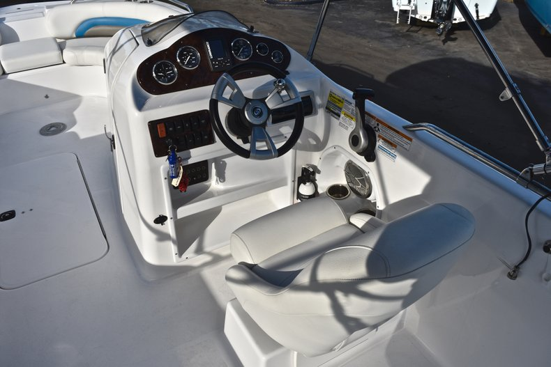 Thumbnail 30 for Used 2014 Hurricane SunDeck Sport SS 232 OB boat for sale in West Palm Beach, FL
