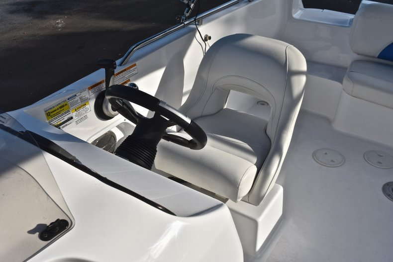Thumbnail 29 for Used 2014 Hurricane SunDeck Sport SS 232 OB boat for sale in West Palm Beach, FL