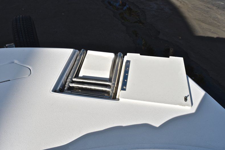 Thumbnail 49 for Used 2014 Hurricane SunDeck Sport SS 232 OB boat for sale in West Palm Beach, FL