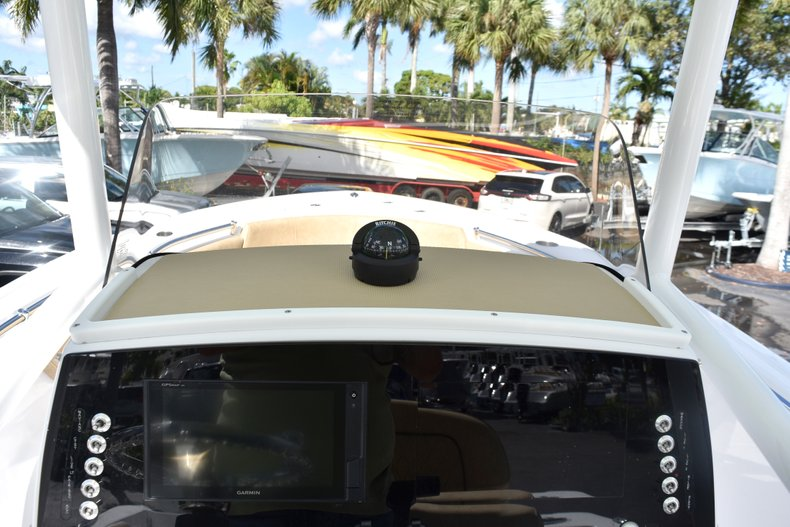 Thumbnail 29 for New 2019 Sportsman Open 232 Center Console boat for sale in Miami, FL