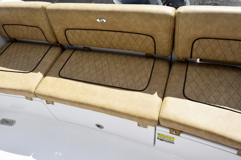 Thumbnail 18 for New 2019 Sportsman Heritage 241 Center Console boat for sale in Vero Beach, FL