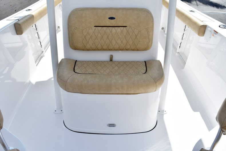 Thumbnail 48 for New 2019 Sportsman Heritage 241 Center Console boat for sale in Vero Beach, FL