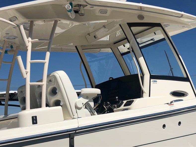 Thumbnail 3 for New 2019 Cobia 344 Center Console boat for sale in Vero Beach, FL