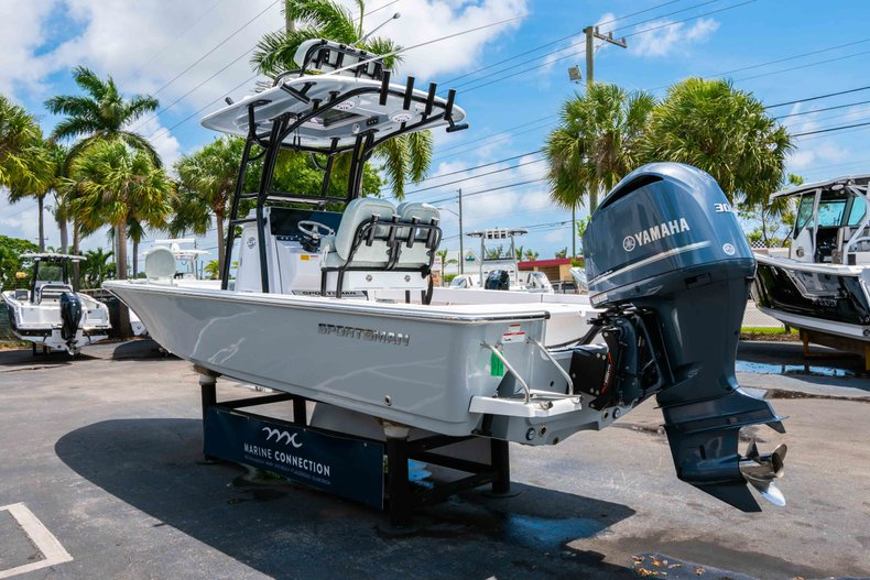 Thumbnail 5 for New 2019 Sportsman Masters 247 Bay Boat boat for sale in West Palm Beach, FL