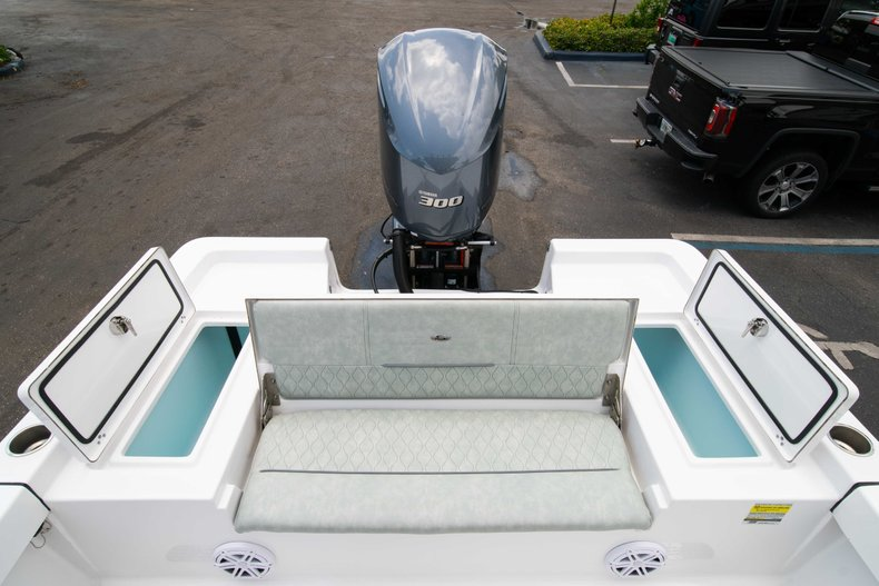 Thumbnail 11 for New 2019 Sportsman Masters 247 Bay Boat boat for sale in West Palm Beach, FL