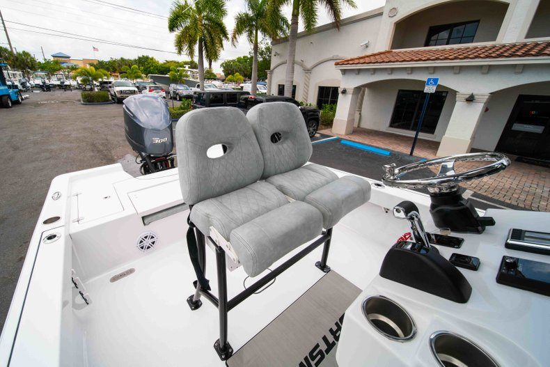 Thumbnail 27 for New 2019 Sportsman Masters 247 Bay Boat boat for sale in West Palm Beach, FL