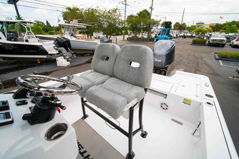Thumbnail 29 for New 2019 Sportsman Masters 247 Bay Boat boat for sale in West Palm Beach, FL