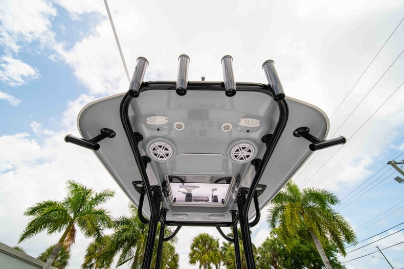 Thumbnail 30 for New 2019 Sportsman Masters 247 Bay Boat boat for sale in West Palm Beach, FL