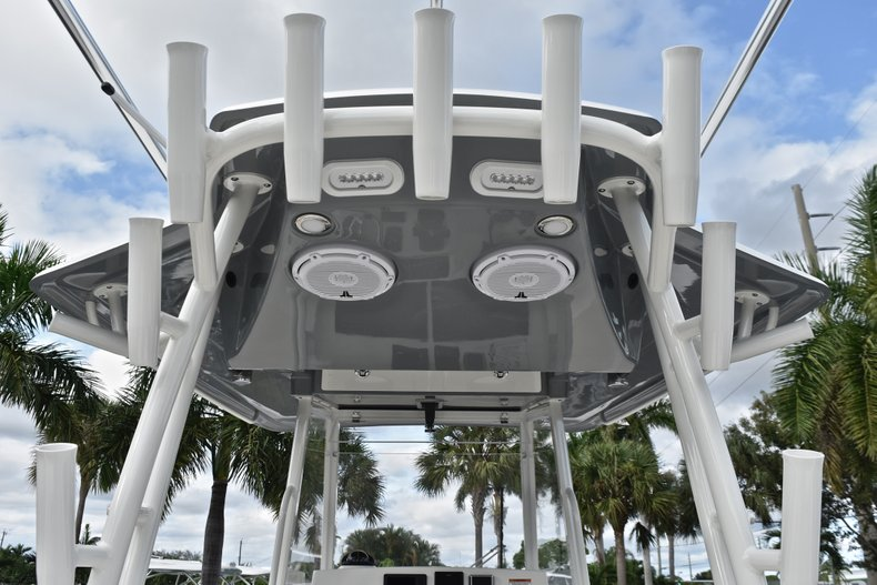 Thumbnail 40 for New 2019 Cobia 320 Center Console boat for sale in West Palm Beach, FL