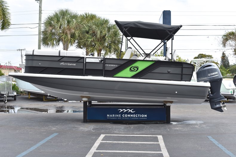 Thumbnail 4 for New 2019 Hurricane FunDeck FD 236 Wet Bar OB boat for sale in West Palm Beach, FL