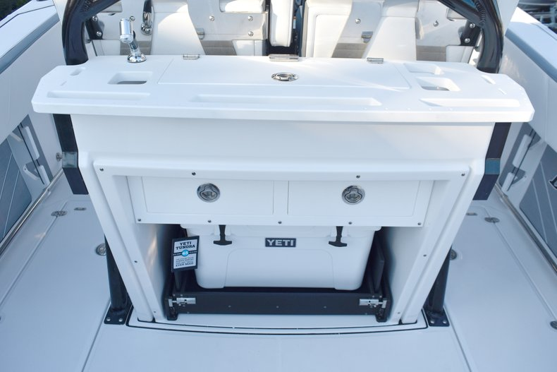 Image 25 for 2019 Blackfin 272CC Center Console in West Palm Beach, FL
