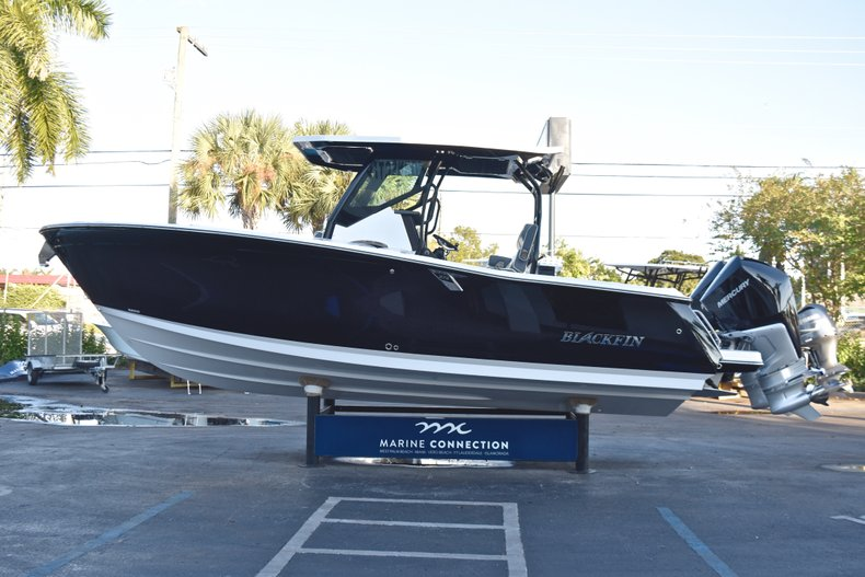 Image 4 for 2019 Blackfin 272CC Center Console in West Palm Beach, FL