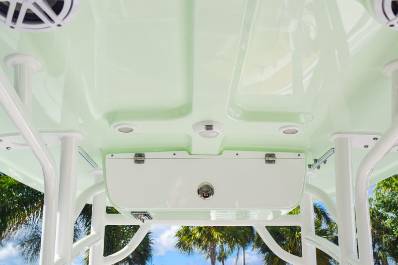 Thumbnail 39 for New 2019 Sportsman Heritage 231 Center Console boat for sale in West Palm Beach, FL
