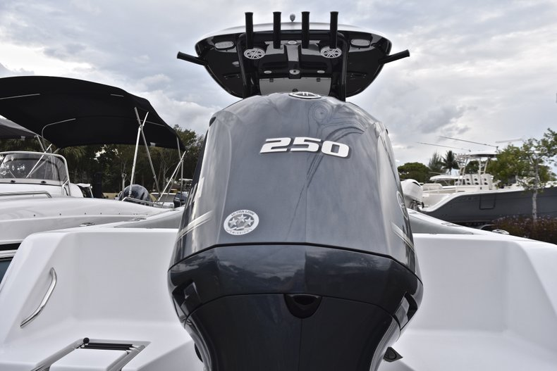 Image 2 for 2019 Sportsman Heritage 231 Center Console in West Palm Beach, FL