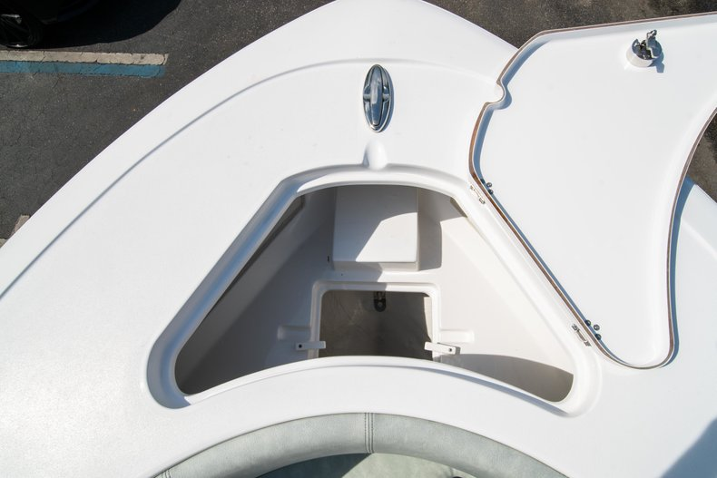 Thumbnail 45 for New 2019 Sportsman Heritage 231 Center Console boat for sale in Fort Lauderdale, FL