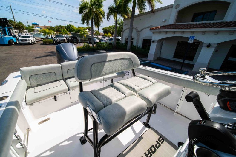 Thumbnail 31 for New 2019 Sportsman Heritage 231 Center Console boat for sale in Fort Lauderdale, FL