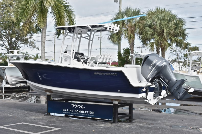 Thumbnail 5 for New 2019 Sportsman Open 232 Center Console boat for sale in West Palm Beach, FL