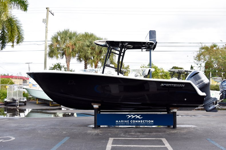 Image 4 for 2019 Sportsman Open 232 Center Console in West Palm Beach, FL