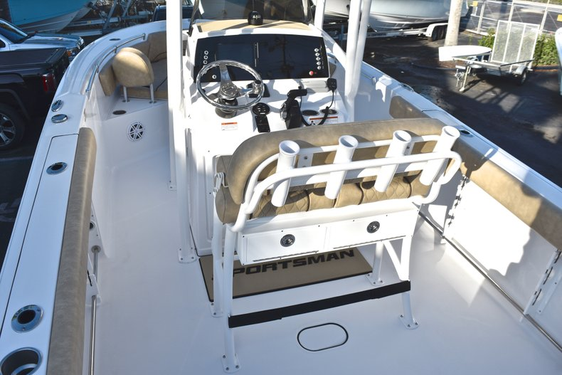 Thumbnail 12 for New 2019 Sportsman Open 232 Center Console boat for sale in Fort Lauderdale, FL