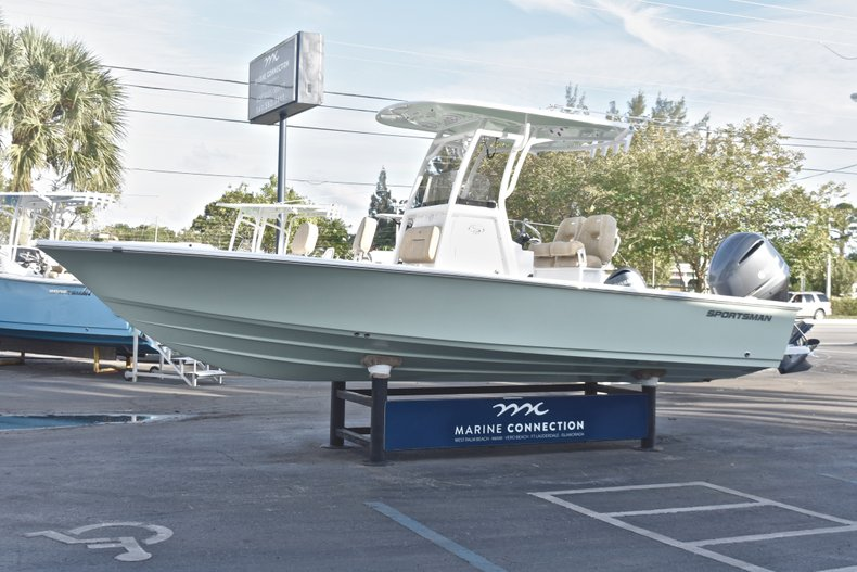 Image 3 for 2019 Sportsman Masters 247 Bay Boat in Vero Beach, FL