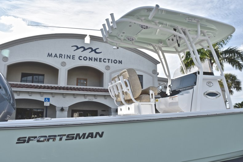 Image 8 for 2019 Sportsman Masters 247 Bay Boat in West Palm Beach, FL
