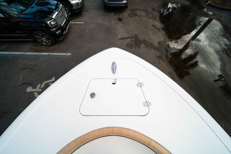 Thumbnail 35 for New 2019 Sportsman Heritage 211 Center Console boat for sale in Miami, FL