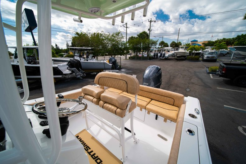 Thumbnail 27 for New 2019 Sportsman Heritage 211 Center Console boat for sale in Miami, FL