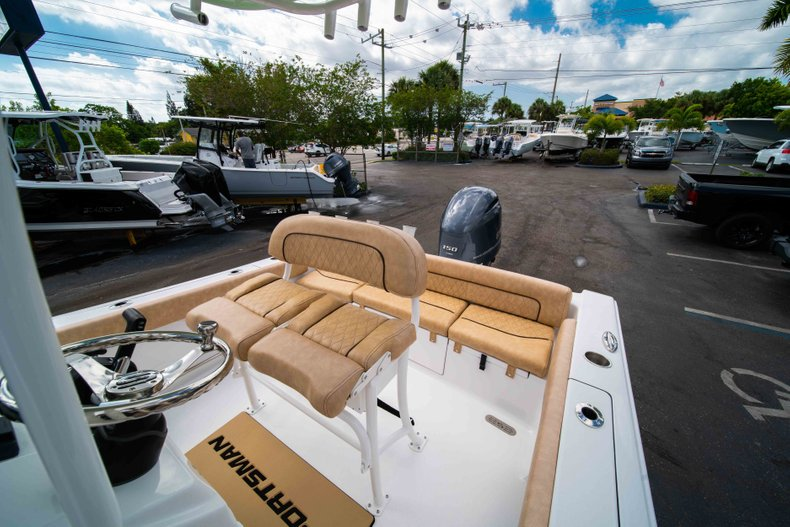 Thumbnail 28 for New 2019 Sportsman Heritage 211 Center Console boat for sale in Miami, FL
