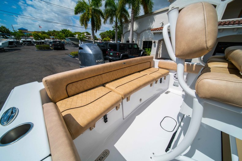 Thumbnail 14 for New 2019 Sportsman Heritage 211 Center Console boat for sale in Miami, FL
