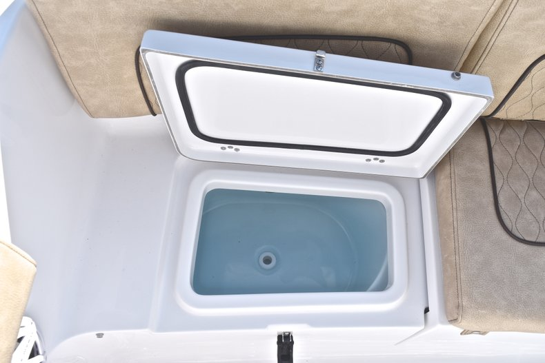 Image 11 for 2019 Sportsman Heritage 231 Center Console in West Palm Beach, FL