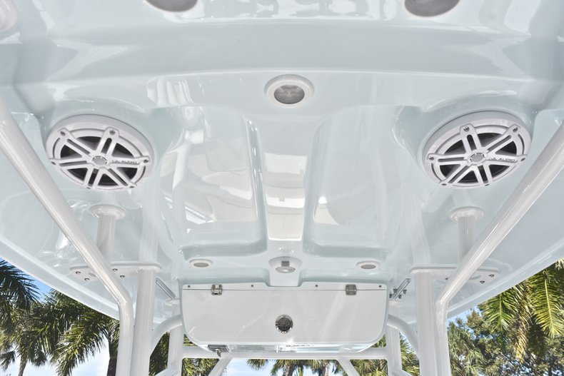 Image 24 for 2019 Sportsman Heritage 231 Center Console in West Palm Beach, FL