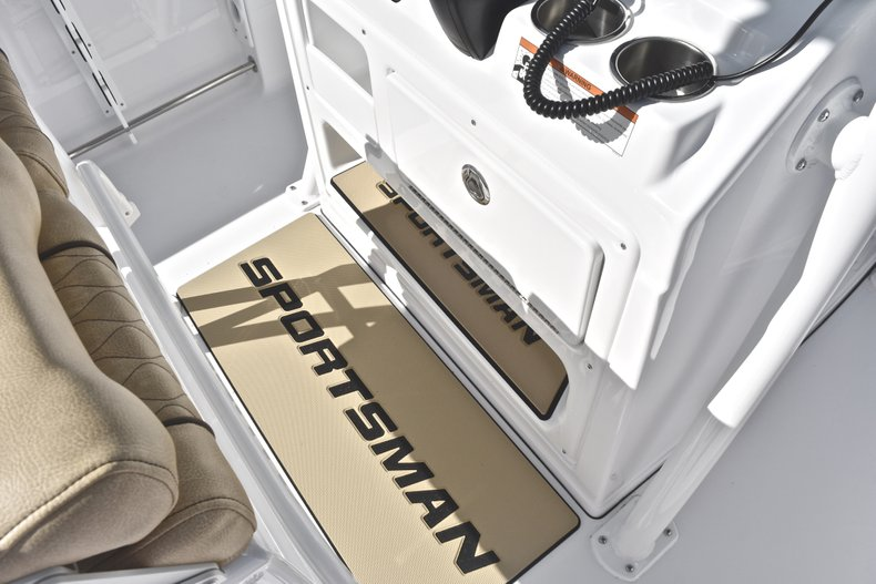 Image 37 for 2019 Sportsman Heritage 231 Center Console in West Palm Beach, FL